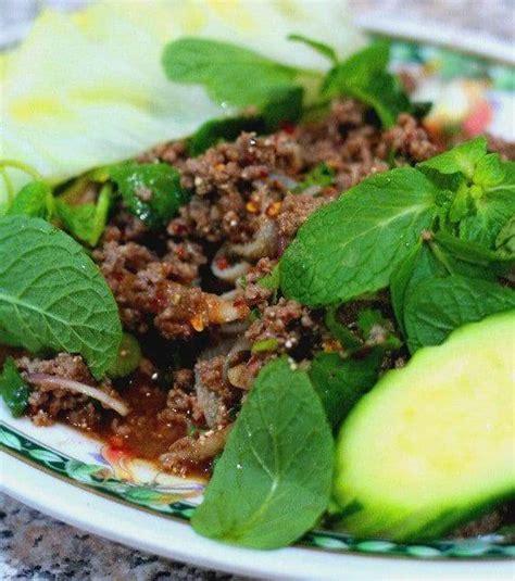 hache de cuisine recette lab haché bœuf au riz frit cuisine cambodgienne