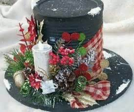 centerpiece made from a coffee can christmas crafts pinterest