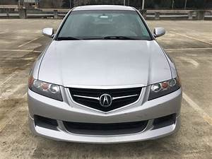Sold  2005 Acura Tsx - 6 Speed Mt