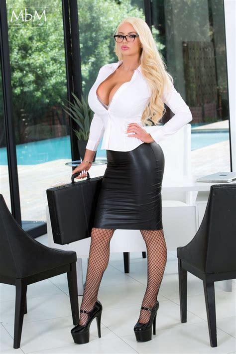 12 Best Nicolette Shea Images On Pinterest Models Woman