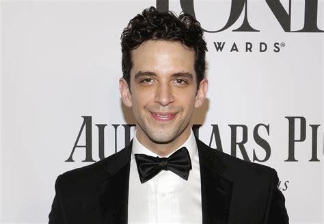 el actor nick cordero muere por coronavirus  los  anos