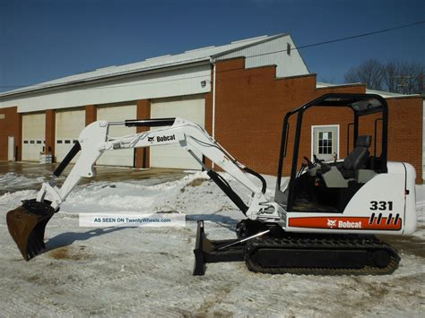 bobcat   series mini excavator orops hp kubota  paint  hrs