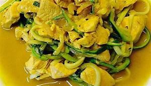 Hähnchen Curry Low Carb : rezept h hnchen kokos curry mit zucchininudeln lowcarb low carb oder ~ Buech-reservation.com Haus und Dekorationen