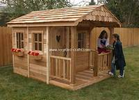 playhouse for kids Wooden Pallet Kids Playhouse Plans | Recycled Things