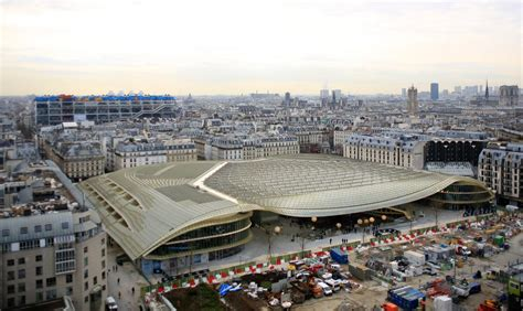 les pates vivantes les halles the design at les halles is known as the canopy due to its umbrella like glass roof