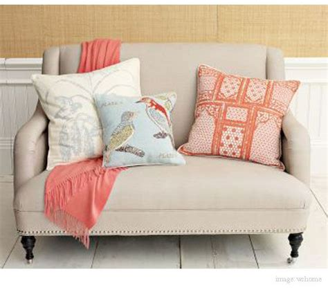Settees For Small Rooms by Small Settee For Family Room Of Kitchen With