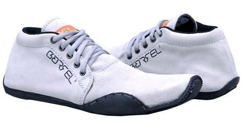 dan gaya sepatu pria yang keren gaya fashion