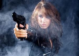 Girls & Guns Full HD Wallpaper and Background | 2586x1831 ...