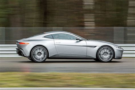 Aston Martin DB10 (2016) | Aston martin db10, Aston martin ...