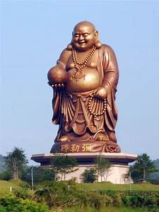 Statue Bouddha Maison Du Monde : liste des statues monumentales dans le monde ~ Teatrodelosmanantiales.com Idées de Décoration