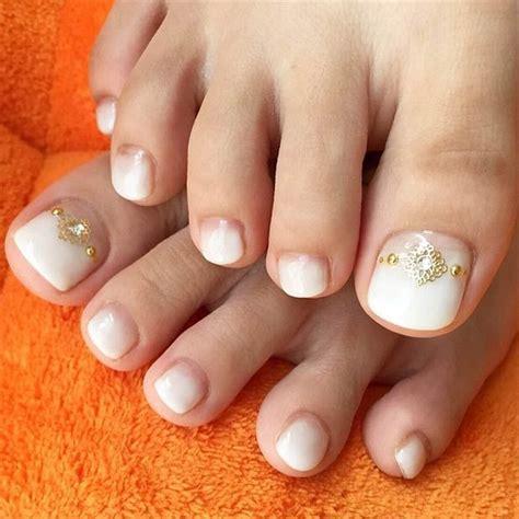 simple toenail designs 20 adorable easy toe nail designs 2017 pretty simple