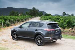 4 4 Toyota : 2016 toyota rav4 pricing and specifications photos caradvice ~ Maxctalentgroup.com Avis de Voitures