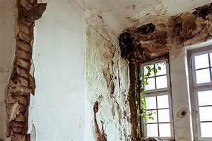 Feuchtigkeit In Wänden : schimmel in der wohnung verbraucherzentrale hamburg ~ Markanthonyermac.com Haus und Dekorationen