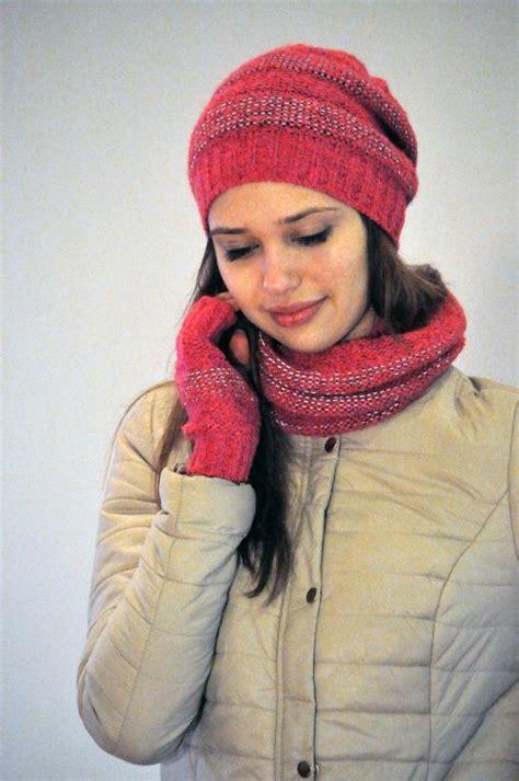 Atstarojošas cepures meitenēm un sievietēm :: Sārtā spožo ...