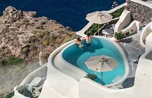 Top places to go on your honeymoon in greece and the greek for Honeymoon packages santorini greece