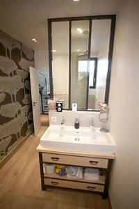 Petite salle de bains zen et moderne de 6m2 cote maison for Salle de bain verriere