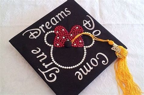 jaw dropping disney graduation caps