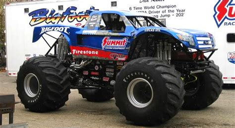 how long does monster truck jam last bigfoot 18 desert truck meets monster truck