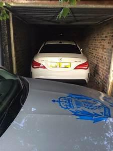 Garage Mercedes 94 : updated tracker recovers amg demonstrator stolen from mercedes employee 39 s home ~ Gottalentnigeria.com Avis de Voitures