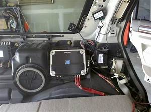 2009 Ford Expedition Factory Subwoofer Removal