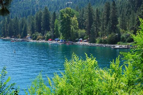 rv campgrounds lakefront chelan lake washington park state parks cool doityourselfrv camping near lakes campsites california ikea banquette cabinets bench