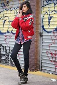 178 Itu0026#39;s World Series Time AKA Your Perfect Chance to Try This Varsity Jacket Outfit Idea ...