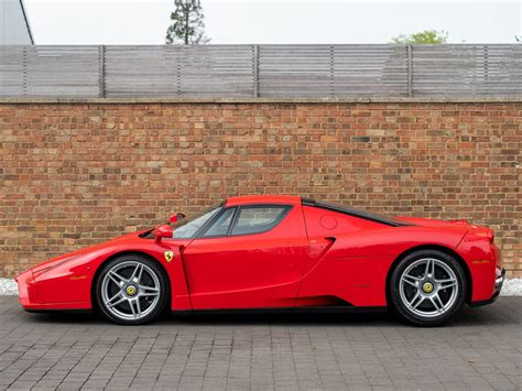 Enzo Mpg by 2005 Used Enzo Rosso Corsa