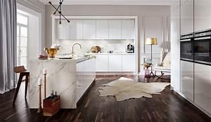Küchen Weiß Hochglanz : design einbauk che systema 2030 grifflos weiss hochglanz lack k chenquelle ~ Markanthonyermac.com Haus und Dekorationen