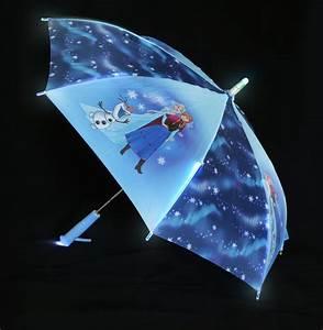Regenschirm Mit Licht : frozen regenschirm mit beleuchtung disney frozen ~ Kayakingforconservation.com Haus und Dekorationen
