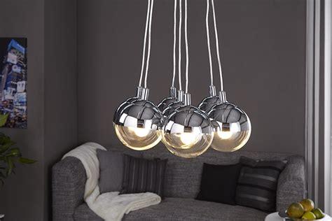 design haengelampe galante mit  glaskugeln chrom