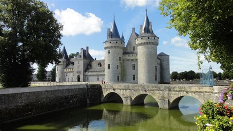 Bateau Mouche Briare by Ch 226 Teaux Du Loiret Val De Loire