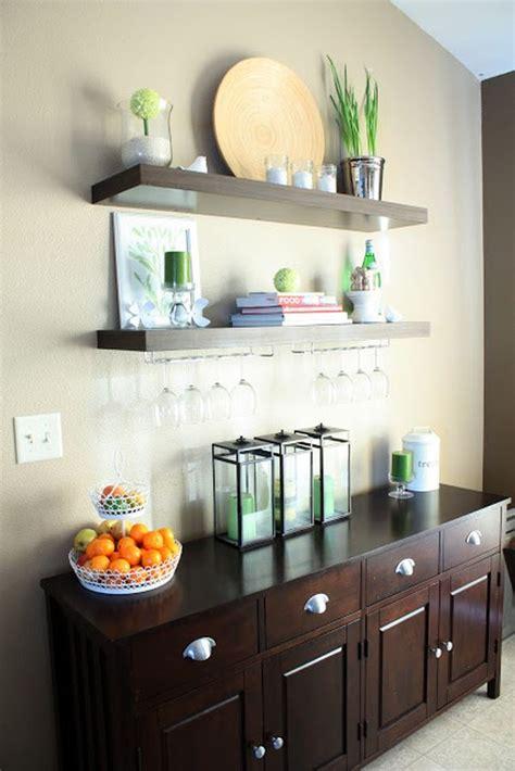bar display glassware