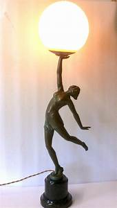Superb art deco lady lamp 362128 sellingantiquescouk for Art deco lady floor lamp