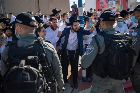 Ultra-Orthodox unrest threatens Netanyahu re-election hopes