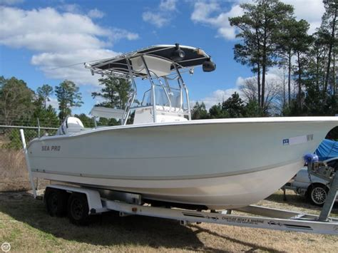Used Sea Pro Boats For Sale In Nc by 2004 Used Sea Pro 220cc Center Console Fishing Boat For