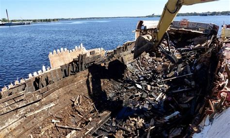 Hurricane Salvage Boats Florida by Florida Waterways Threatened By Hundreds Of Boats Wrecked