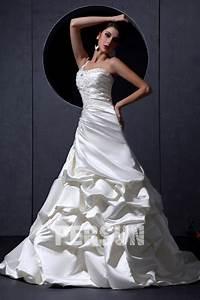 Robe De Mariée Moderne : robe de mari e moderne trompette une paule en satin ~ Melissatoandfro.com Idées de Décoration