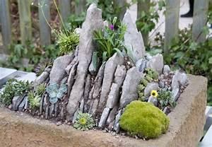 Mini L Steine : parterre de rocaille rocaille jardin zen dalles en ardoise et dco la japonaise with parterre de ~ Frokenaadalensverden.com Haus und Dekorationen