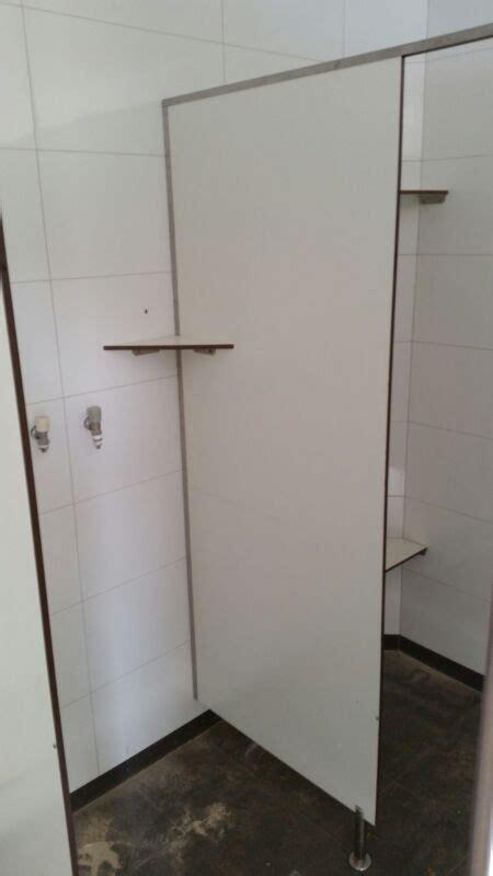 volkern badkamer trespa platen