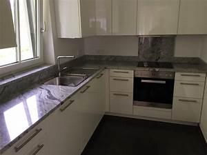 Granit Arbeitsplatte Reinigen : k chenarbeitsplatten aus naturstein keramik oder kunststein ~ Indierocktalk.com Haus und Dekorationen