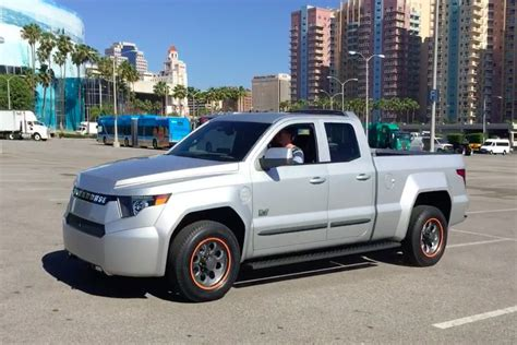 workhorse electric pickup truck workhorse logs 5 000 orders for w 15 electric pickup truck