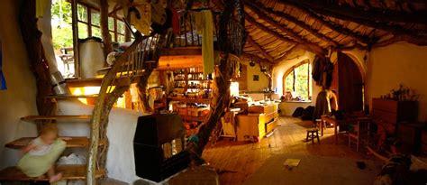 home garden information center une maison de hobbit