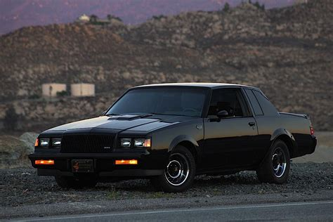 buick  type grand national  gnx  returning street muscle