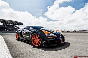Bugatti Veyron Vitesse : onboard with bugatti ceo wolfgang durheimer at the nurburgring ~ Medecine-chirurgie-esthetiques.com Avis de Voitures
