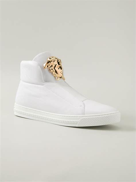 versace kulit white versace medusa hi top sneakers in white for lyst