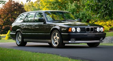 BMW E34 M5 Touring Is An Epic Family Car From The 1990s ...