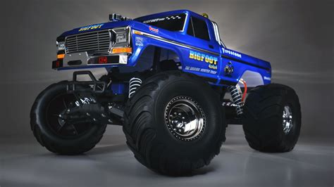 what happened to bigfoot the monster truck light painting the traxxas bigfoot 1