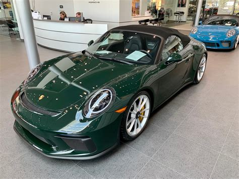 The tantalizingly gorgeous 911 speedster concept porsche introduced in june has received the green light for production. 2019 911 Speedster PTS Brewster Green - Rennlist - Porsche Discussion Forums
