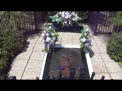 selena gravesite  years  youtube