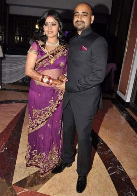 sunidhi chauhan wedding pics reception